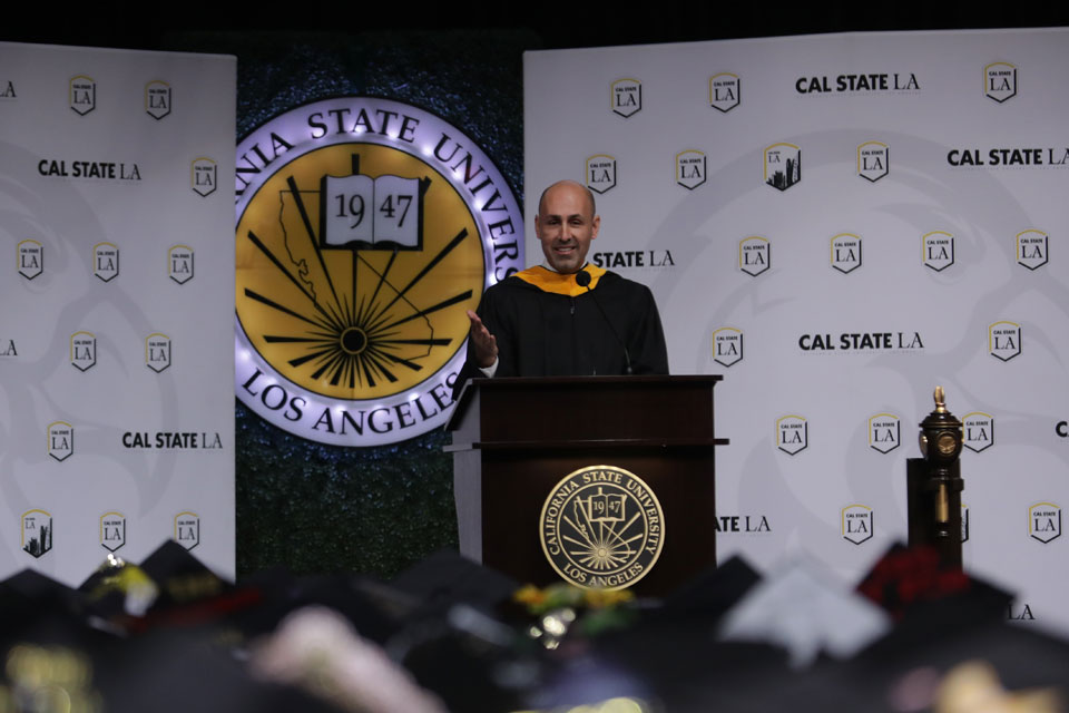 Los Angeles County + USC Medical Center CEO Jorge Orozco delivers keynote remarks to graduating business students.